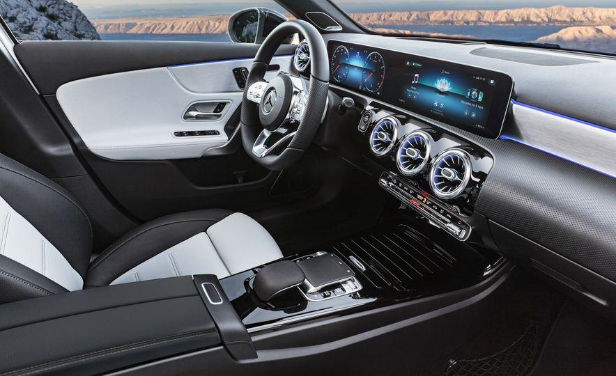 2019 Mercedes-Benz A-class - Slide 46
