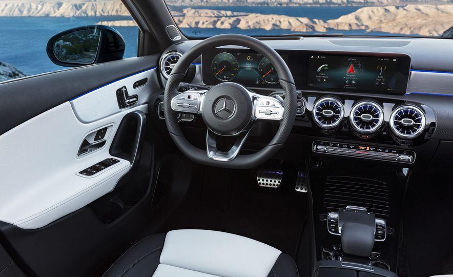2019 Mercedes-Benz A-class - Slide 48