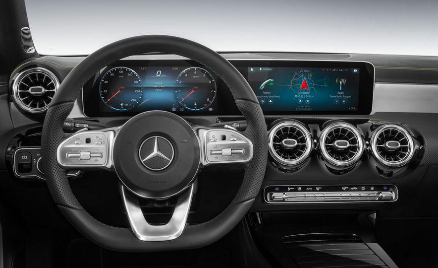 2019 Mercedes-Benz A-class - Slide 60