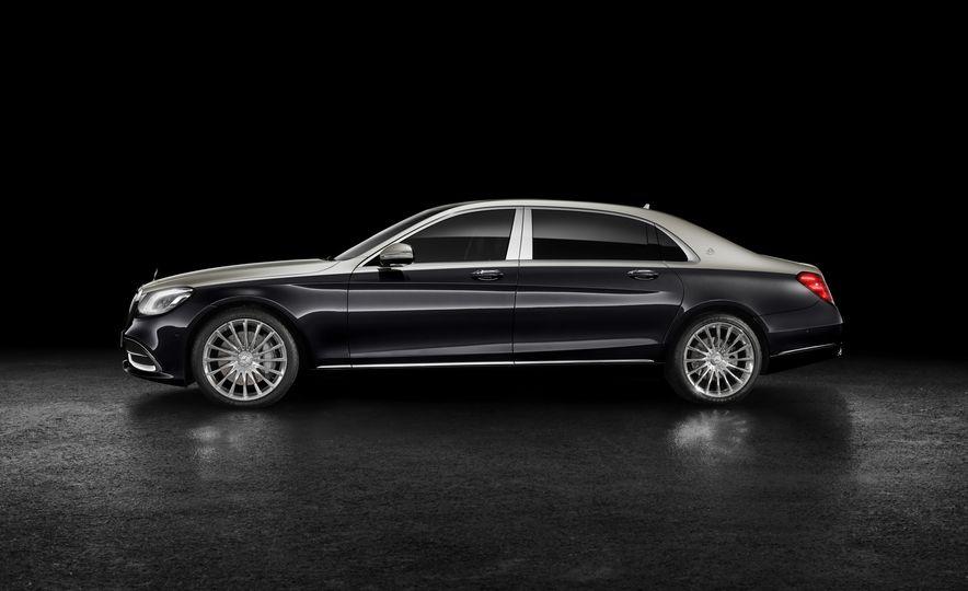 2019 Mercedes-Maybach S560 sedan - Slide 2