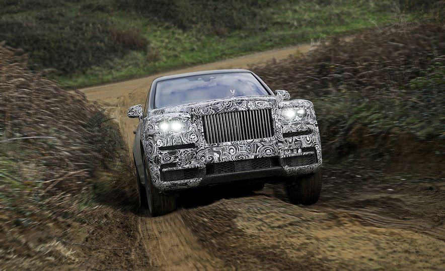 Rolls-Royce Cullinan - Slide 5