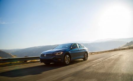 2019 Volkswagen Jetta Hits the Big 4-0 in EPA Fuel-Economy Test
