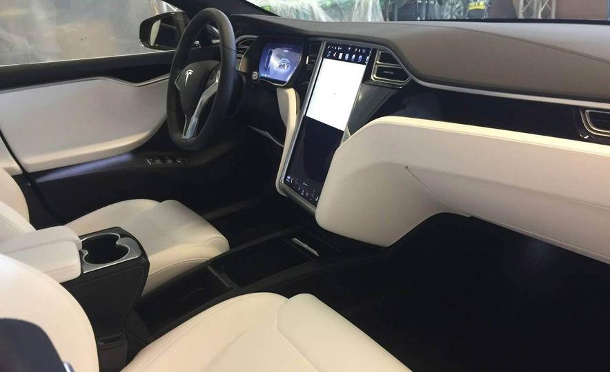 Armormax 2018 Tesla Model S P100D Armored Car - Slide 4