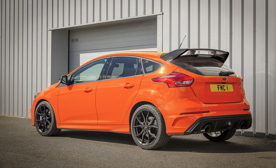 Ford Focus RS Heritage Edition - Slide 2