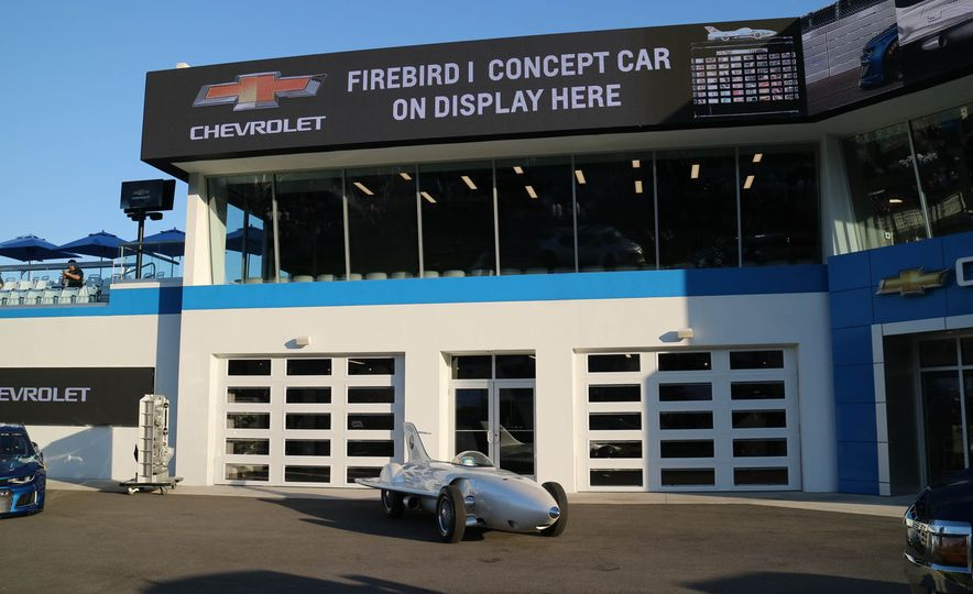 Harley J. Earl Daytona 500 Trophy - Slide 33