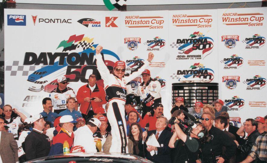 Harley J. Earl Daytona 500 Trophy - Slide 12