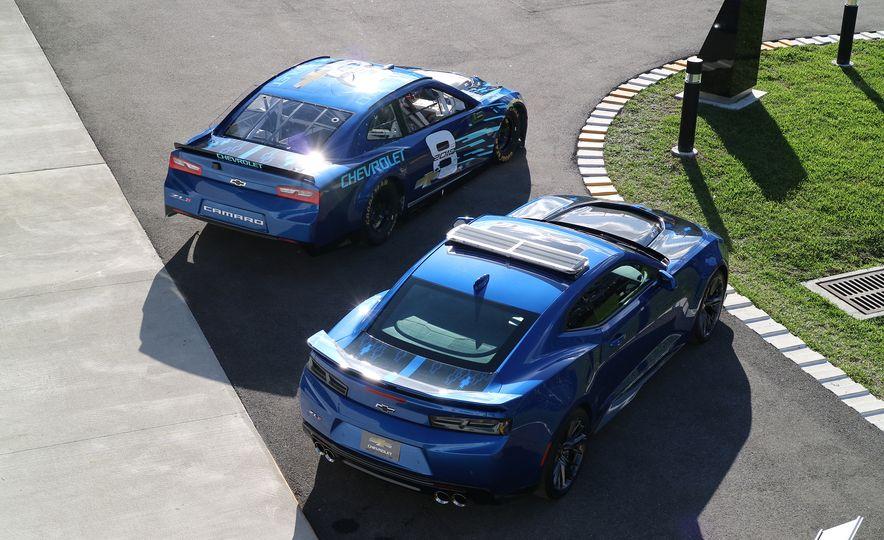 Shake 'n' Bake: NASCAR's New Camaro ZL1 Racer Actually Looks Like the Production Version - Slide 4