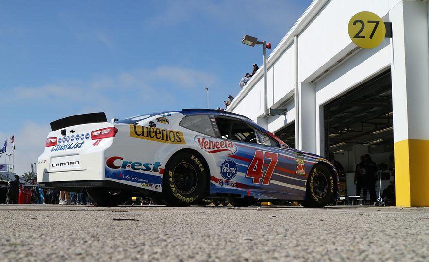 Shake 'n' Bake: NASCAR's New Camaro ZL1 Racer Actually Looks Like the Production Version - Slide 5