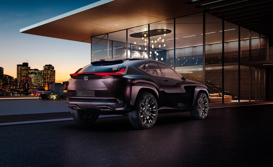 Lexus UX - Slide 6