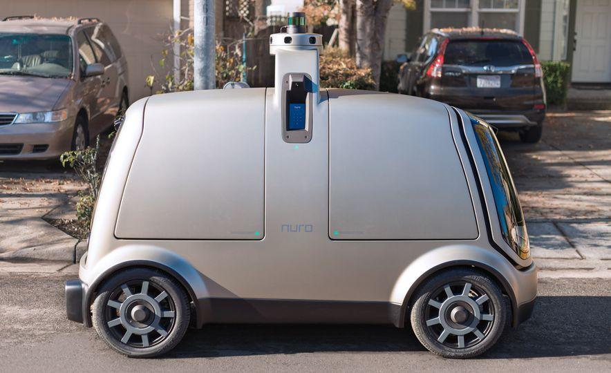 Nuro Autonomous Shopping Buggy - Slide 1