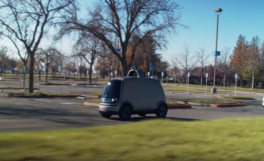 Nuro Autonomous Shopping Buggy - Slide 4