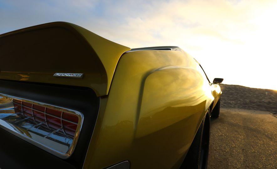 "Prestone 1972 AMC Javelin AMX ""Defiant"" - Slide 30"