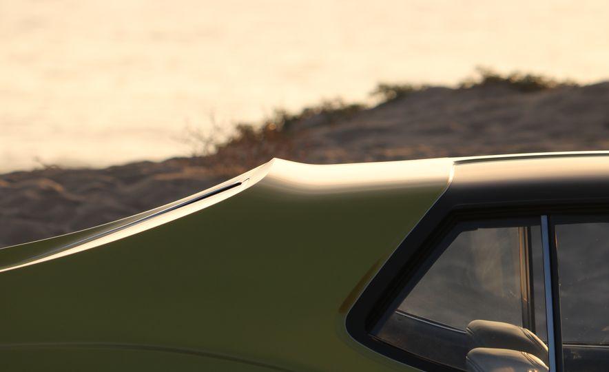 "Prestone 1972 AMC Javelin AMX ""Defiant"" - Slide 33"