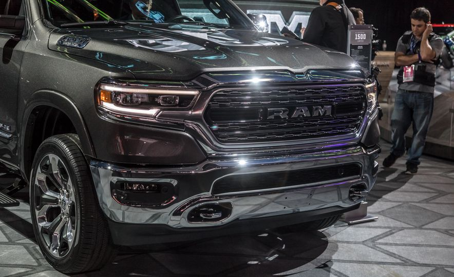 The 15 Things You Need to Know about the 2019 Ram 1500 - Slide 3