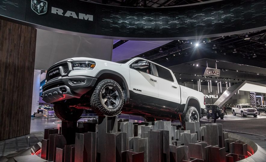 The 15 Things You Need to Know about the 2019 Ram 1500 - Slide 9