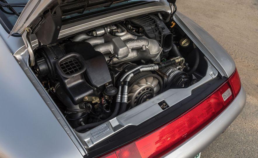 Cool Breeze: We Drive Historic Air-Cooled Porsche 911s - Slide 3