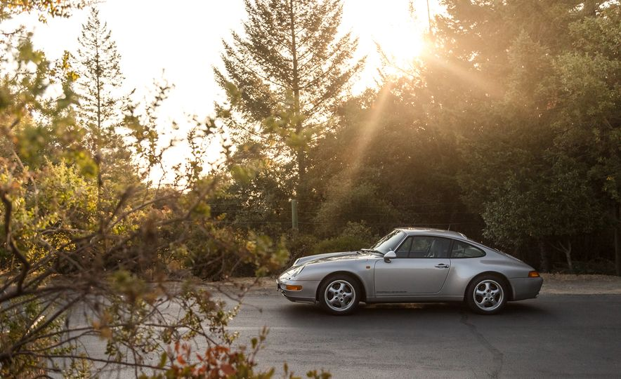 Cool Breeze: We Drive Historic Air-Cooled Porsche 911s - Slide 5