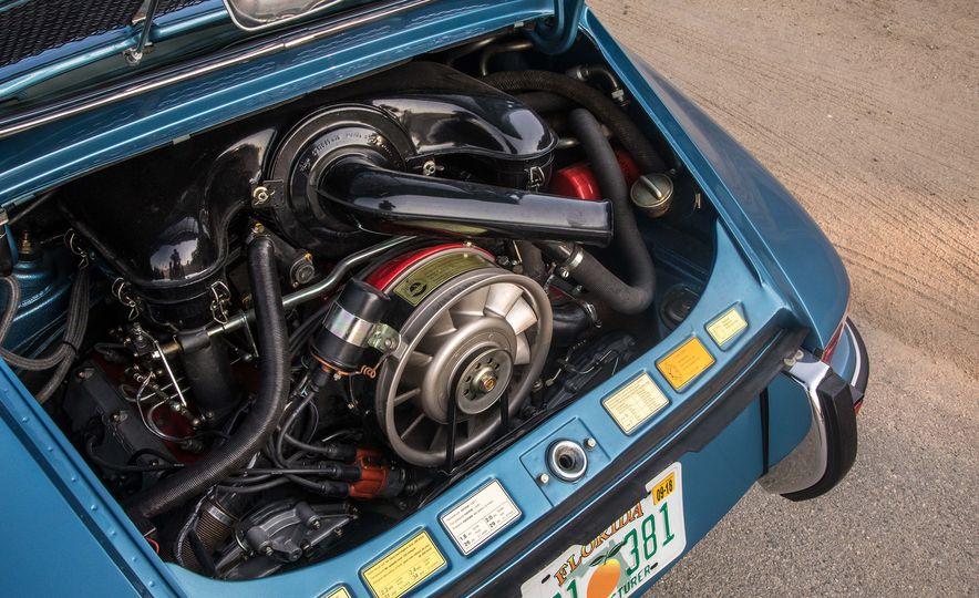 Cool Breeze: We Drive Historic Air-Cooled Porsche 911s - Slide 8