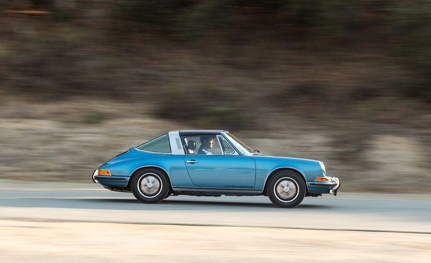 Cool Breeze: We Drive Historic Air-Cooled Porsche 911s - Slide 9