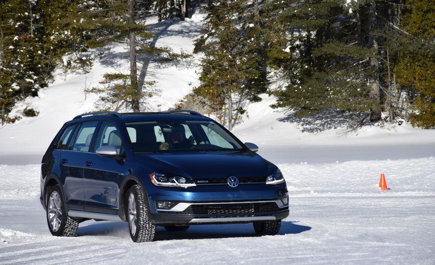 2018 Volkswagen Atlas, Tiguan, Golf Alltrack - Slide 15