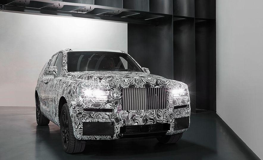 Rolls-Royce Cullinan - Slide 7