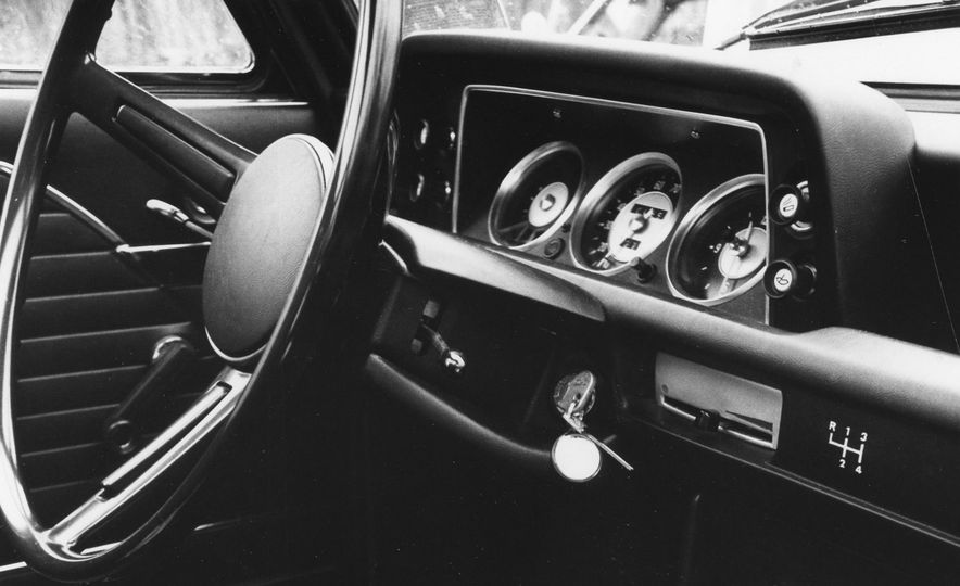 1968 BMW 2002 - Slide 7