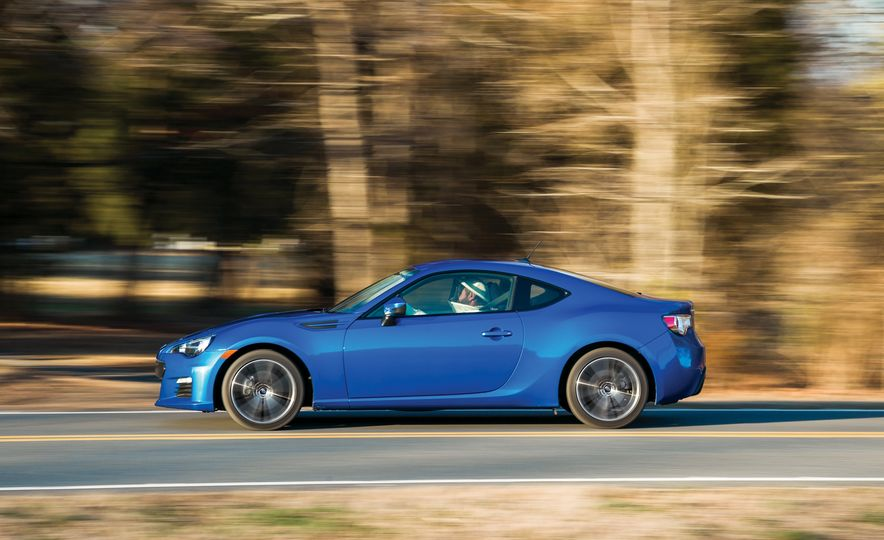A Visual History of Subaru's 50 Years in America - Slide 21