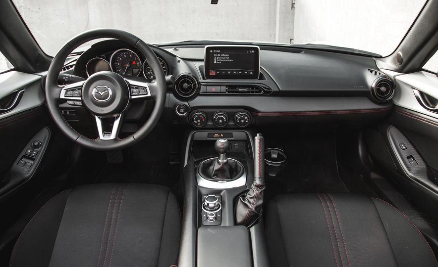 2016 Mazda MX-5 Miata Club - Slide 39