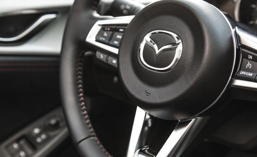 2016 Mazda MX-5 Miata Club - Slide 45