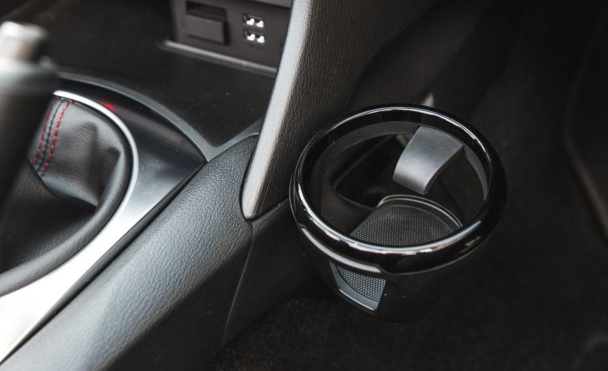2016 Mazda MX-5 Miata Club - Slide 53