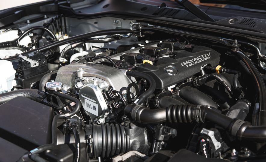 2016 Mazda MX-5 Miata Club - Slide 60