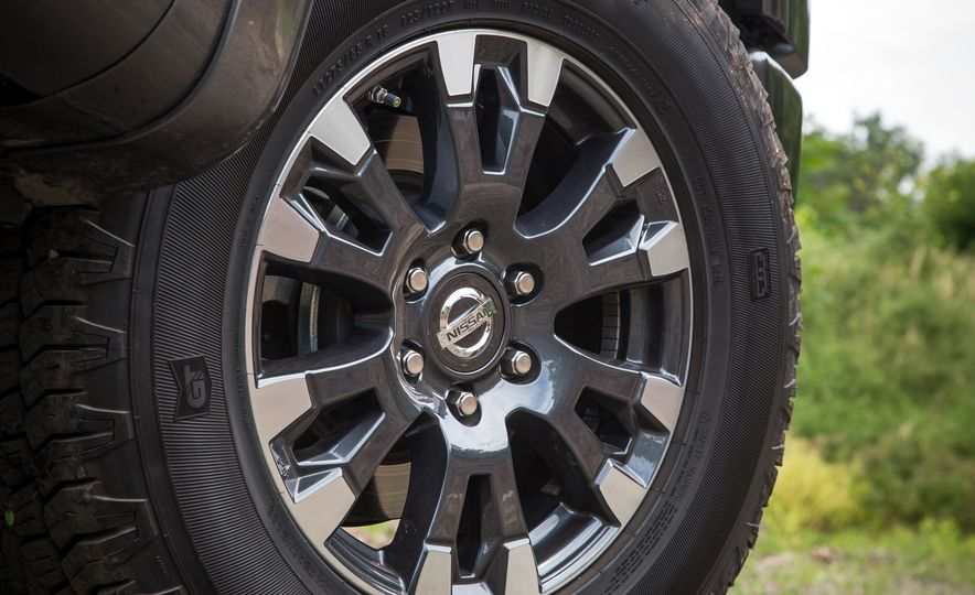 2018 Nissan Titan XD - Slide 21