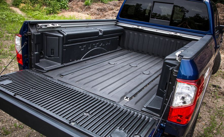 2018 Nissan Titan XD - Slide 29