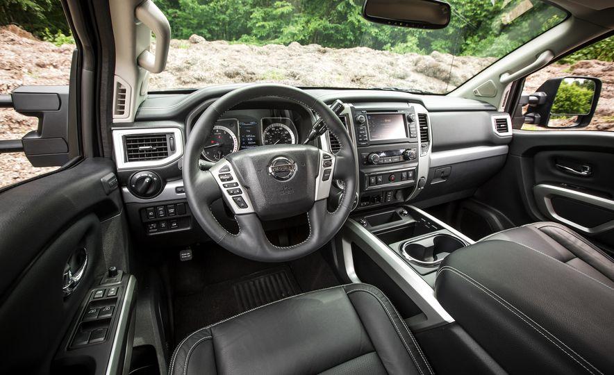 2018 Nissan Titan XD - Slide 32