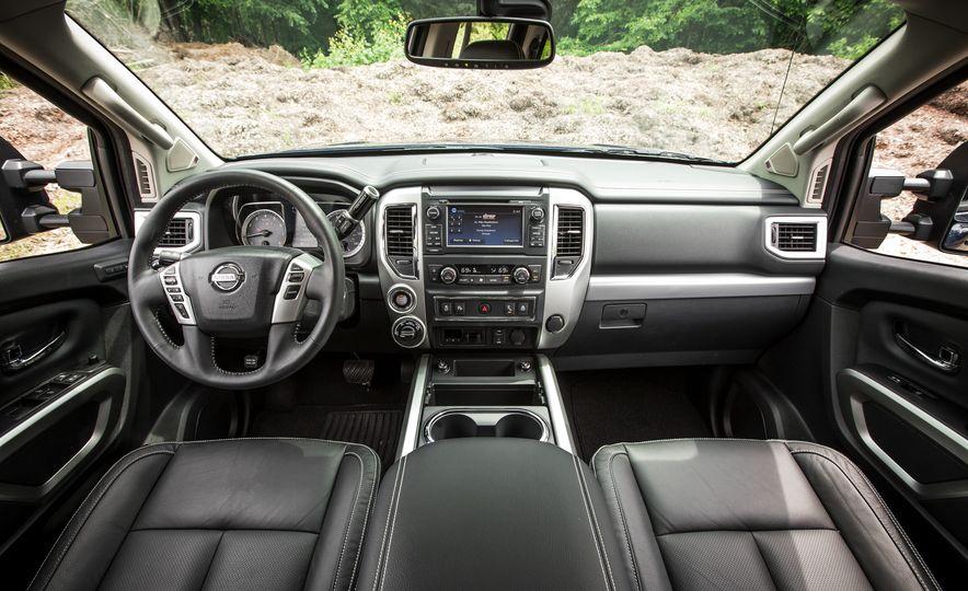 2018 Nissan Titan XD - Slide 33