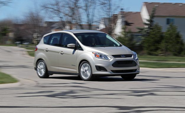 2018 Ford C-Max, Tested in Depth: Mediocre and Outmatched