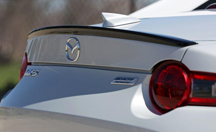 2016 Mazda MX-5 Miata Club - Slide 95