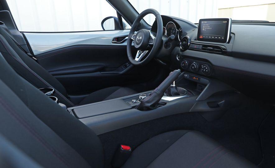 2016 Mazda MX-5 Miata Club - Slide 100