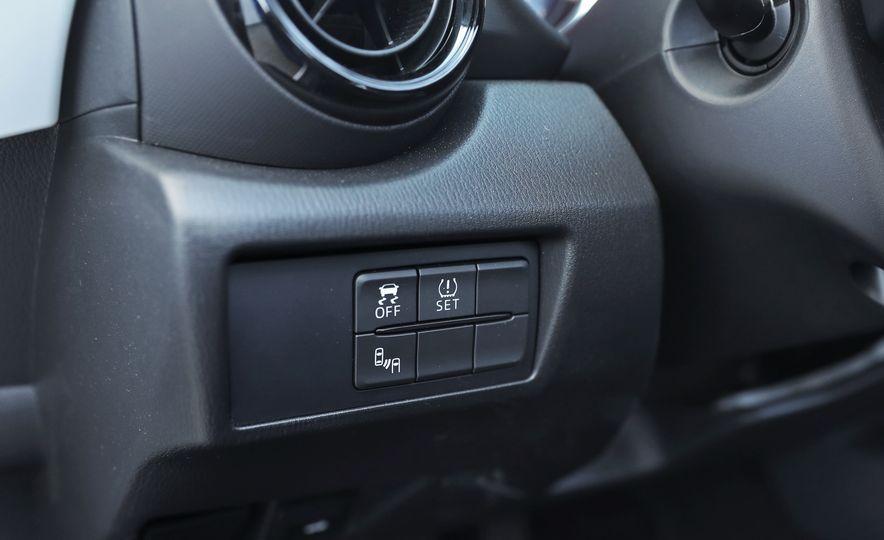 2016 Mazda MX-5 Miata Club - Slide 104