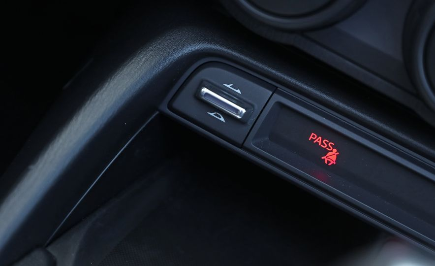 2016 Mazda MX-5 Miata Club - Slide 110