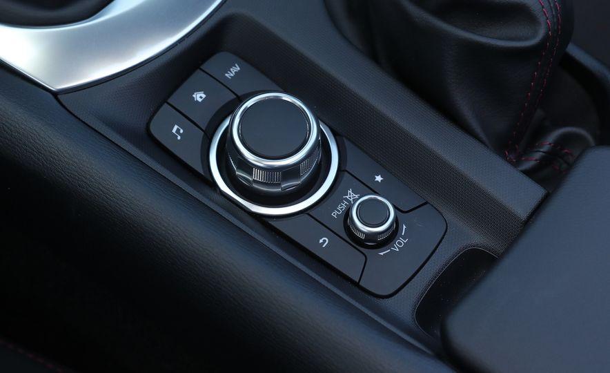 2016 Mazda MX-5 Miata Club - Slide 113