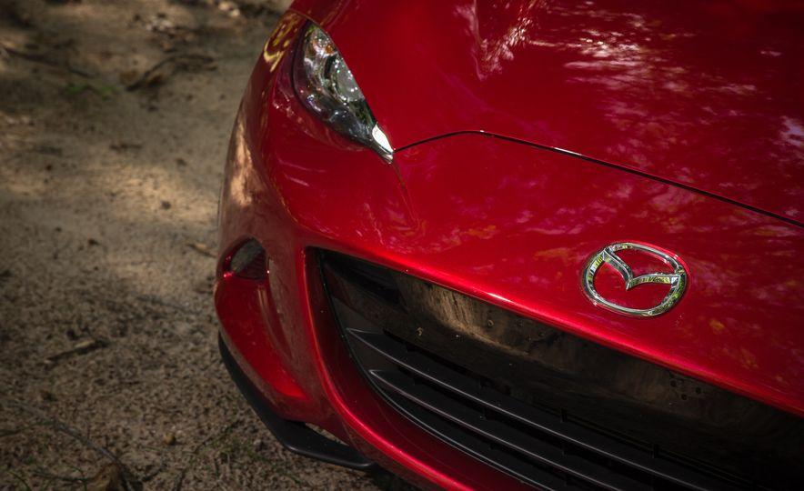 2016 Mazda MX-5 Miata Club - Slide 134