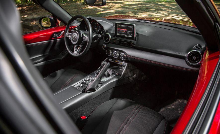 2016 Mazda MX-5 Miata Club - Slide 143