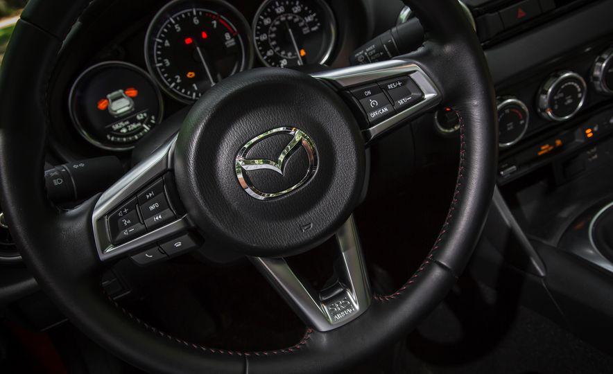 2016 Mazda MX-5 Miata Club - Slide 148