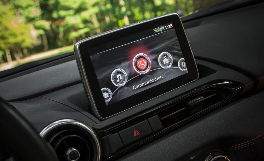 2016 Mazda MX-5 Miata Club - Slide 150