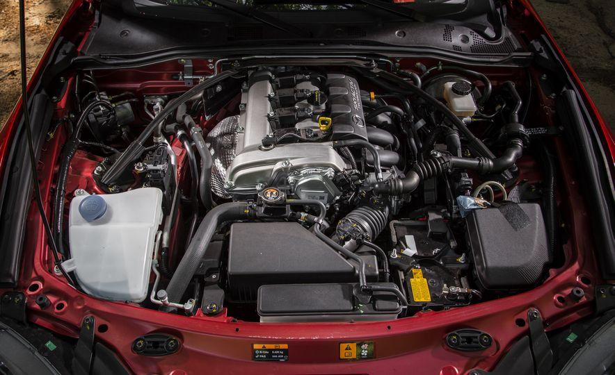 2016 Mazda MX-5 Miata Club - Slide 153