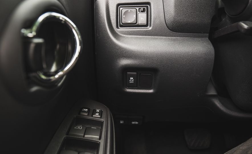 2018 Nissan Versa - Slide 32