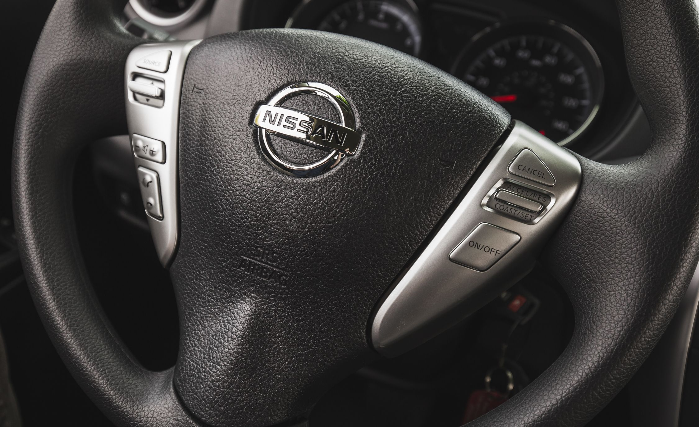 Nissan Versa Steering Wheel Diagram Electrical Wiring 2012 Fuse Box Reviews Price Photos And Specs Car