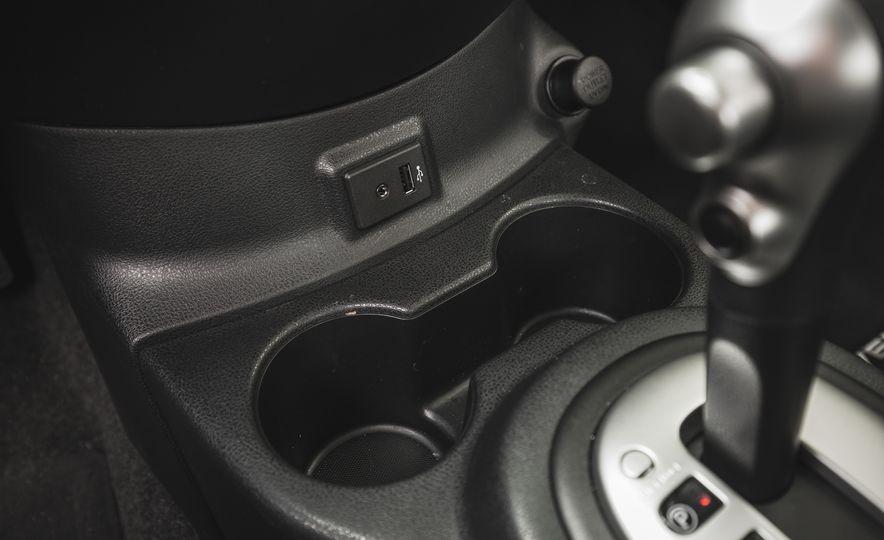 2018 Nissan Versa - Slide 38