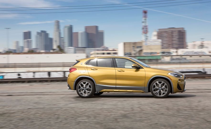 2018 BMW X2 xDrive28i - Slide 3